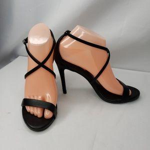 Steve Madden Floriaa Black Strappy Heels Size 8.